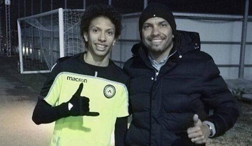 Filho de ex-jogador assina com grande time italiano