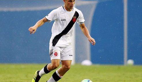 Vasco renova contrato com meia do elenco Sub-20
