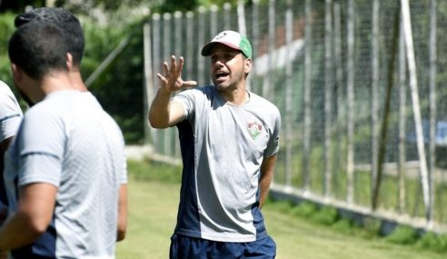 Fluminense anuncia coordenador da base como técnico do time sub-17