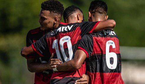 Flamengo faz 4 a 2 no Friburguense, pela rodada inicial do Carioca Sub-20