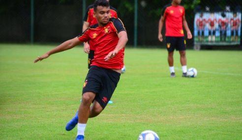Sport Recife negocia atletas da base com três clubes brasileiros