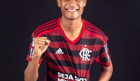 Flamengo aceita negociar lateral recém-promovido ao sub-20