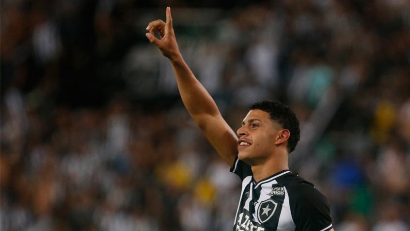 Portal inglês coloca jogador do Botafogo como um dos três grandes talentos de 2020