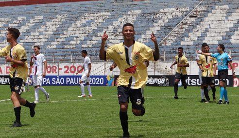 Vice-artilheiro da Copa São Paulo superou desconfiança para mostrar faro de gol no São Bernardo FC