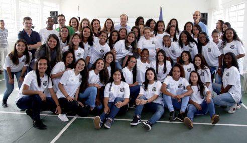Meninas da base do Santos têm atividades extracampo e acompanhamento durante a pandemia