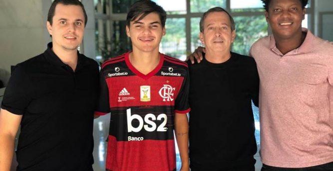 Flamengo contrata jogador sub-20 do Nova Iguaçu por empréstimo