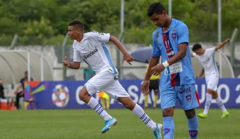 Grêmio fecha venda de campeão mundial sub-17 ao Manchester City