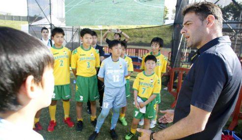 Diretor explica como é o trabalho na base do JEF United-JAP