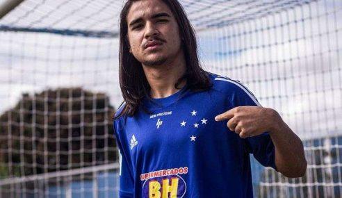 Cruzeiro incorpora Riquelmo ao grupo principal