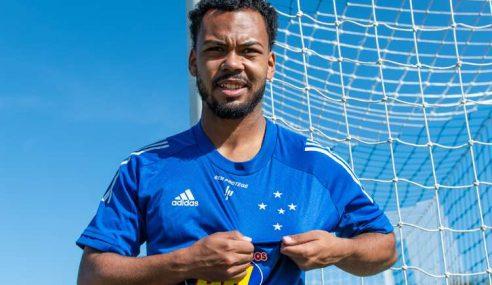 Cruzeiro oficializa contratação de Claudinho
