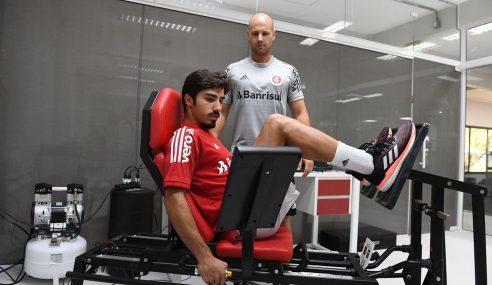 Al-Ain-EAU anuncia contratação de jovem lateral brasileiro