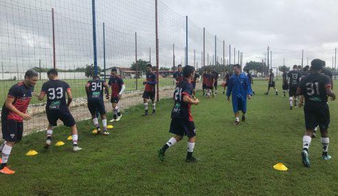 Atletas da base do Fortaleza recebem apoio psicológico e nutricional durante a pandemia