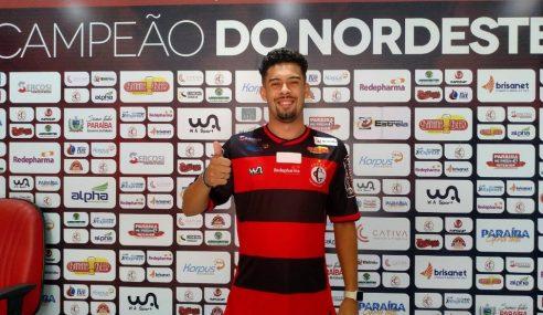 Campinense acerta com dois jovens jogadores do futebol paranaense