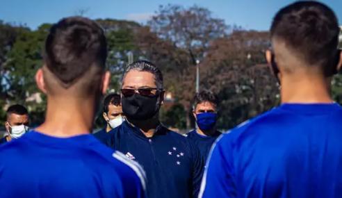Equipe sub-20 do Cruzeiro volta aos treinos com trabalhos clínicos e físicos