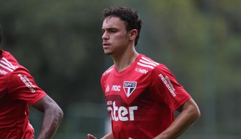 Sã Paulo empresta Danilo Gomes ao Brasil de Pelotas