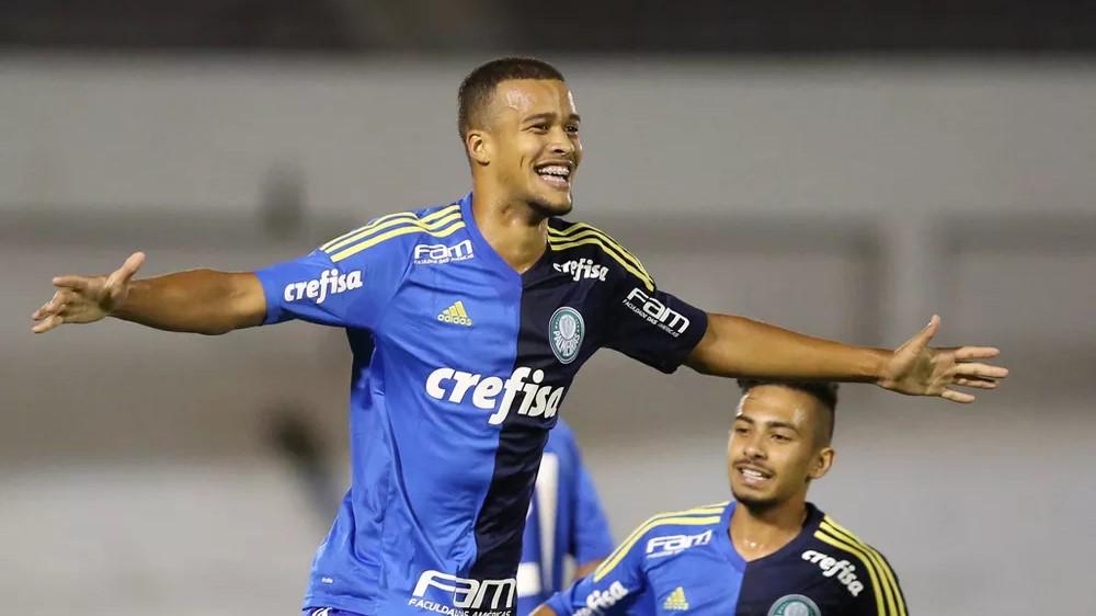 Atacante volta de empréstimo ao Palmeiras, mas deve seguir para o Figueirense