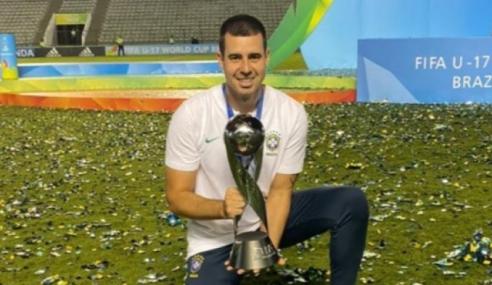 Treinador de goleiros do sub-20 troca Grêmio pelo futebol chinês