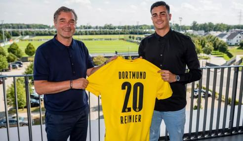 Borussia Dortmund-ALE anuncia a contratação de Reinier