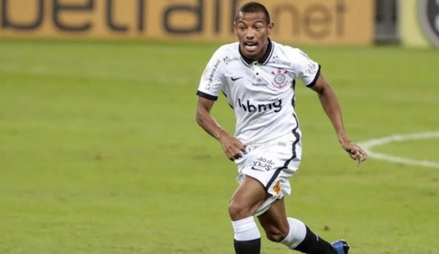 Corinthians estende vínculo de meia promovido ao time profissional