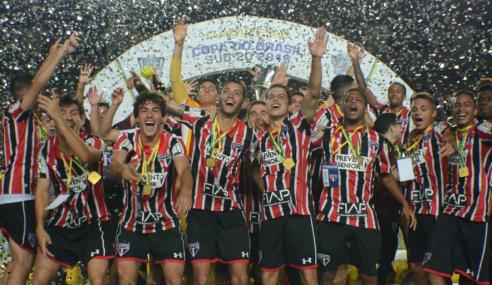 #TBT: Araruna ressalta sacrifícios que marcaram era vitoriosa da base do São Paulo