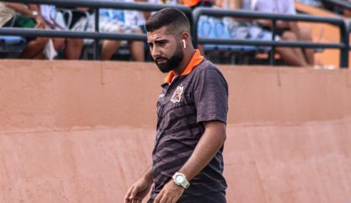 Nova Iguaçu promove técnico de 23 anos ao time sub-20