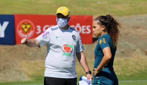 Analista da seleção feminina sub-17 ressalta monitoramento de atletas durante a pandemia