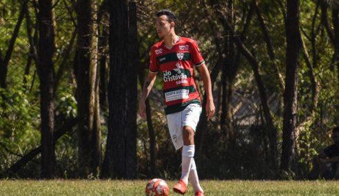 Zagueiro da Portuguesa projeta retorno aos treinos em setembro
