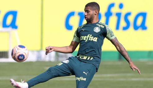 Atacante do Palmeiras desperta interesse do City Football Group