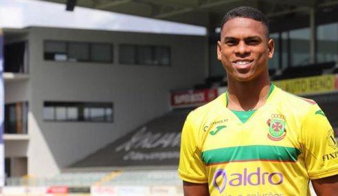 Lucas Silva se apresenta ao Paços de Ferreira-POR
