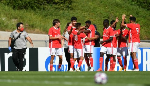 Benfica-POR goleia Ajax-HOL e é finalista da Uefa Youth League