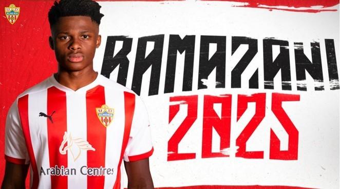 Almería-ESP fecha com atacante belga ex-Manchester United-ING