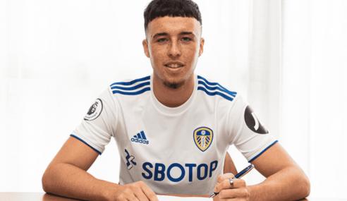 Arsenal-ING vende jovem centroavante ao Leeds United-ING