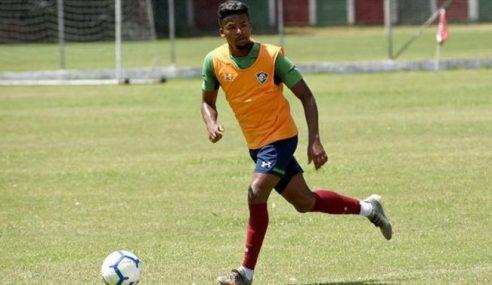 Fluminense acerta idas de atacantes para o Estoril, de Portugal