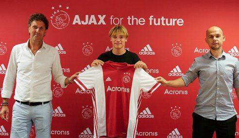Ajax-HOL acerta com Jeppe Kjær, de apenas 16 anos de idade