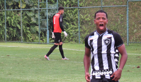 Atlético-MG abre 3 a 0, mas Botafogo busca o empate na abertura do Brasileirão sub-20