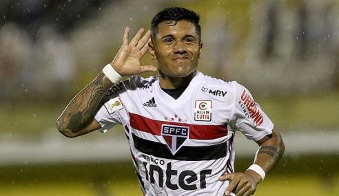 São Paulo prorroga empréstimo de Galeano até o fim da temporada