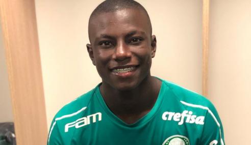 Palmeiras contrata atacante colombiano e libera goleiro do sub-20