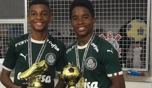 Dupla artilheira de 14 anos é promovida ao sub-17 do Palmeiras