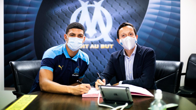 Olympique de Marselha-FRA anuncia a contratação de Luis Henrique, ex-Botafogo