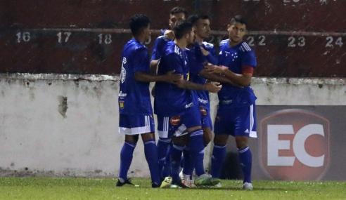 Cruzeiro vence Santos e divide a liderança do Brasileirão sub-20