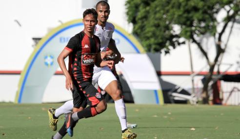 Com um a menos, Vitória arranca empate com o Santos no Brasileirão sub-20