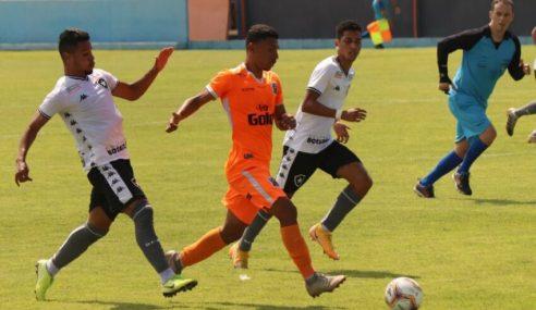Com gol no fim, Botafogo enfim vence a primeira no Carioca sub-20