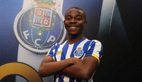 FC Porto-POR acerta com Benicio Baker-Boaitey, de apenas 16 anos