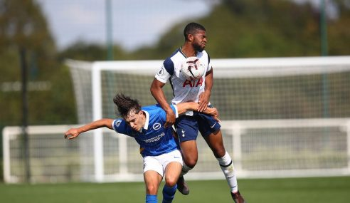 Tottenham-ING contrata zagueiro de 20 anos que pertencia ao Sheffield United-ING