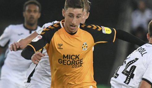 Tottenham-ING empresta jovem meia cipriota ao Burton Albion-ING