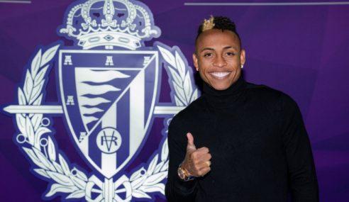 Ex-vascaíno assina por três temporadas com o Real Valladolid-ESP