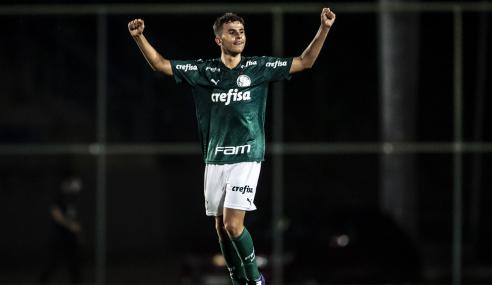 Palmeiras derrota Atlético-MG fora de casa e mantém liderança no Brasileirão sub-17