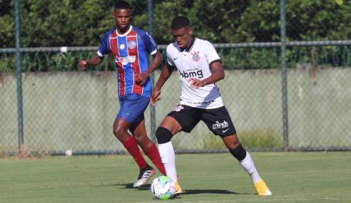 Corinthians reage no fim, vira sobre o Bahia e vence a segunda seguida no Brasileirão sub-17