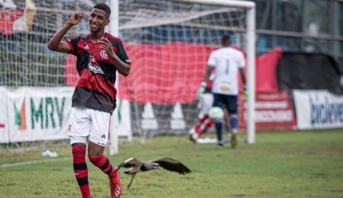 Flamengo bate Cruzeiro e vence a terceira seguida no Brasileirão sub-20