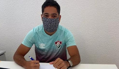 Gabriel Silveira rescinde com o Fluminense após dois meses